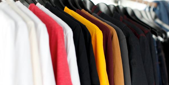 งานจัดรายการเสื้อผ้า